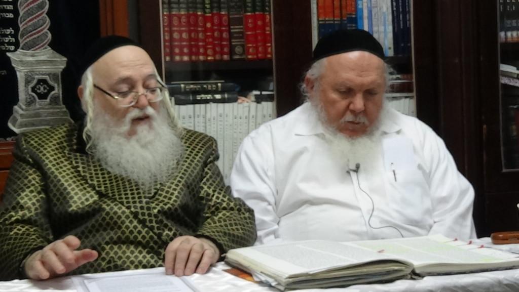 האדמור מהאלמין עם רבי יצחק ראובני ב יתרו בלימוד הקבלה הלכות קידוש
