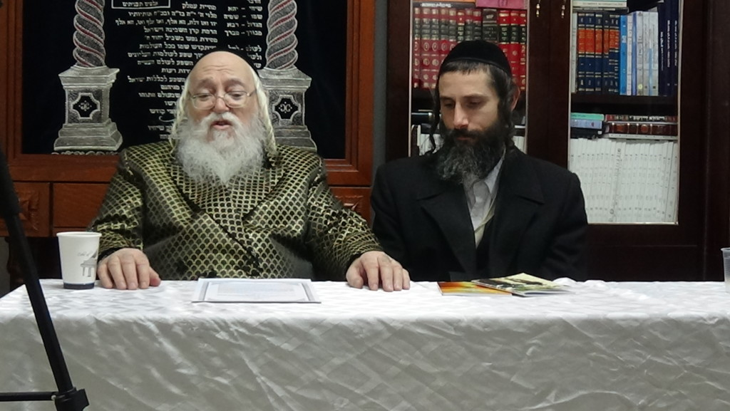Pic of me with the Holminer Rebbe 2