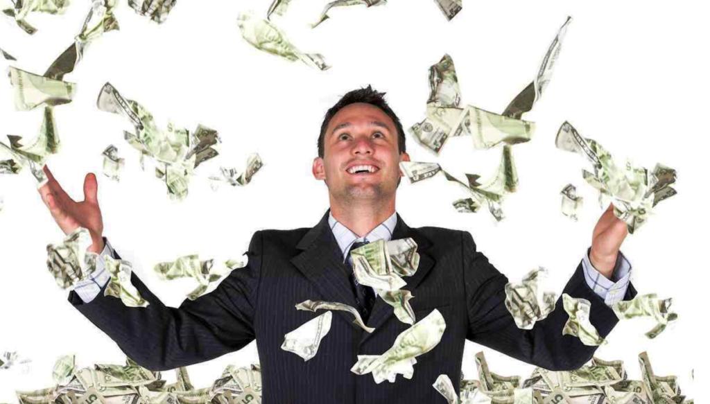 עשיר- הכסף עף